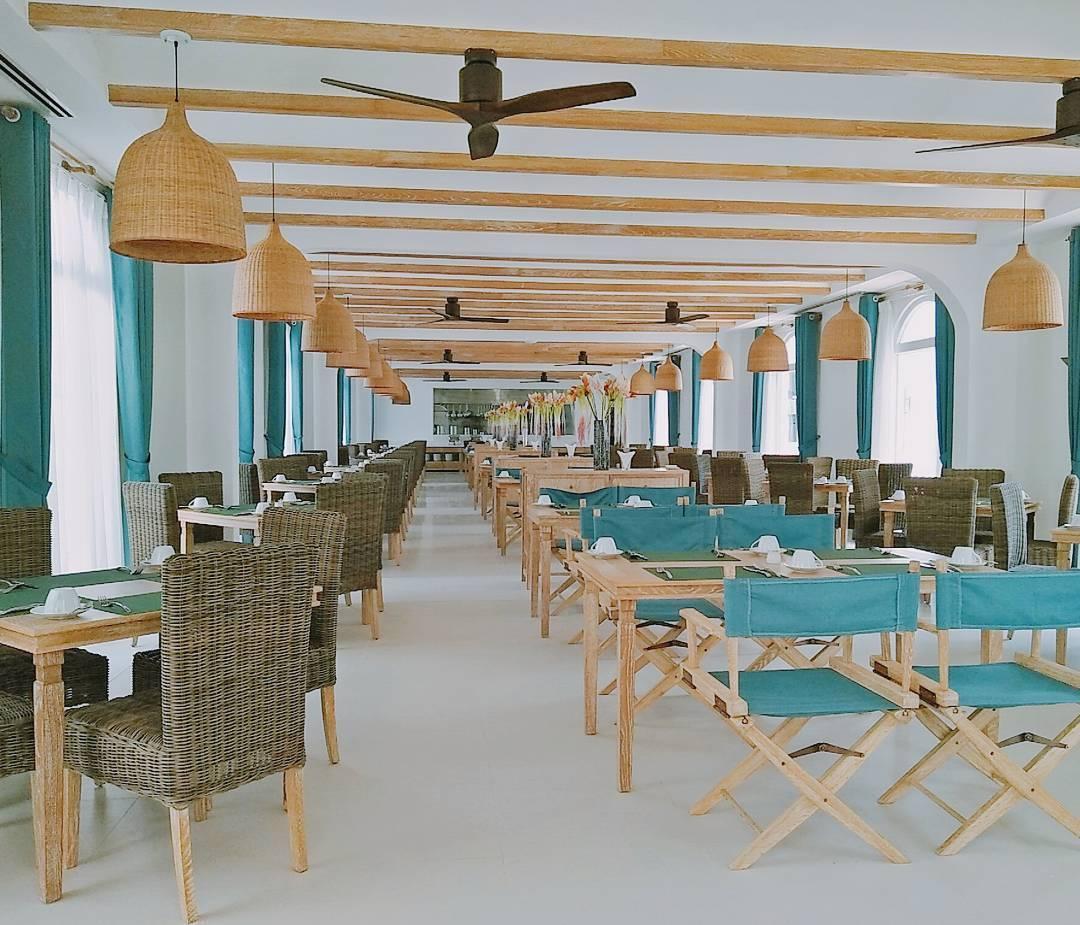 Nhà hàng mang phong cách Địa Trung Hải - Ảnh: loons____