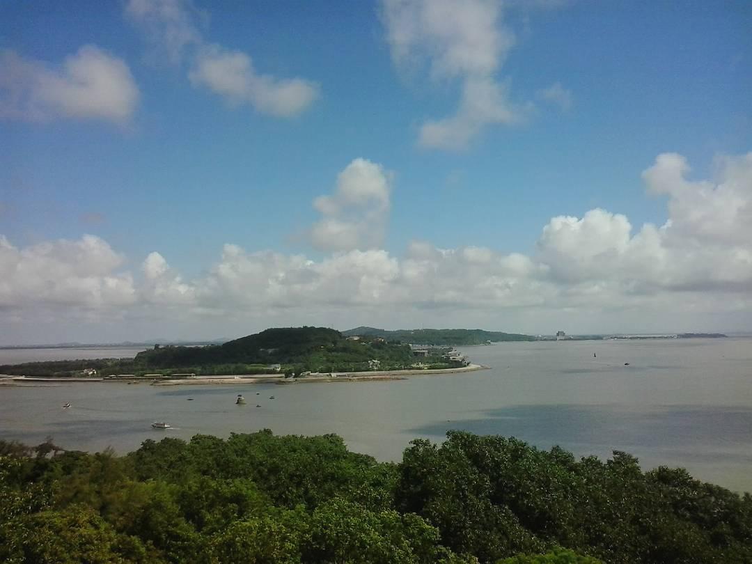 Tìm về đảo Hòn Dấu - Ảnh: @anna.wilsonn__