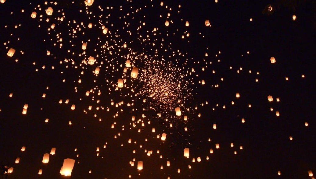 Lễ hội thả đèn hoa đăng đẹp lung linh, rực rỡ ở đất Thái