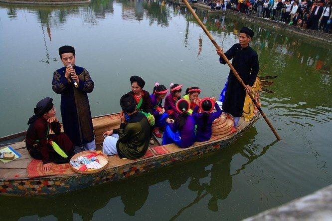 Thưởng thức dân ca quan họ Bắc Ninh