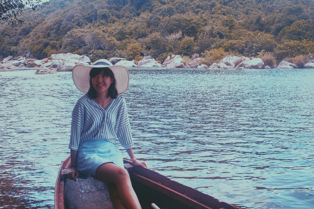 Nhất định phải đi thuyền thưởng ngoạn cảnh đẹp - Ảnh: @tiencun