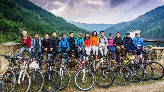 Lưu giữ những khoảnh khắc tuyệt vời bên nhau trong hành trình khám phá hồ Xạ Hương