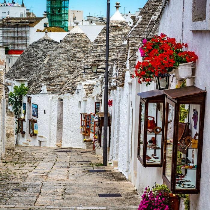 Cung đường nhỏ mộng mơ ở làng Alberobello