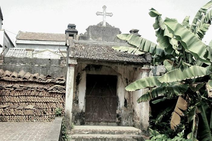 Những công trình cổ xưa ở Đường Lâm