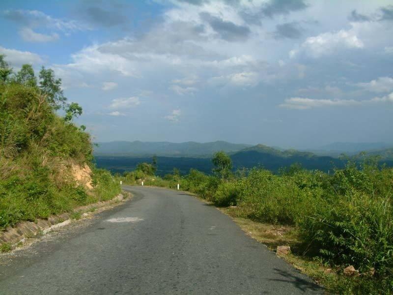 Đoạn đường Đèo đến với làng trái cây