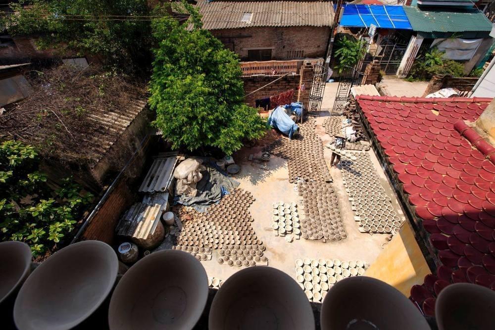 Nói đến làng gốm cổ của Hà Nội, mọi người thường nhắc đến Bát Tràng mà không mấy ai biết rằng còn một nơi khác mang tên Kim Lan.