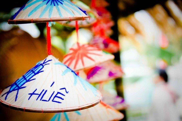 Chiếc nón lá mộc mạc, giản dị xứ Huế
