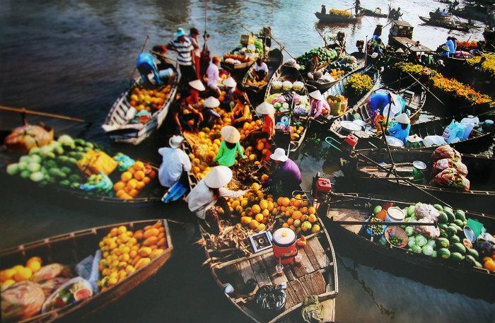 Chợ nổi từ lâu đã trở thành nét văn hóa sông nước ở miền Tây