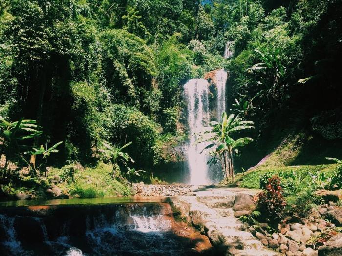 Thiên nhiên kỳ vĩ và thơ mộng bên thác Đamb'ri - Ảnh: Hiếu Dương