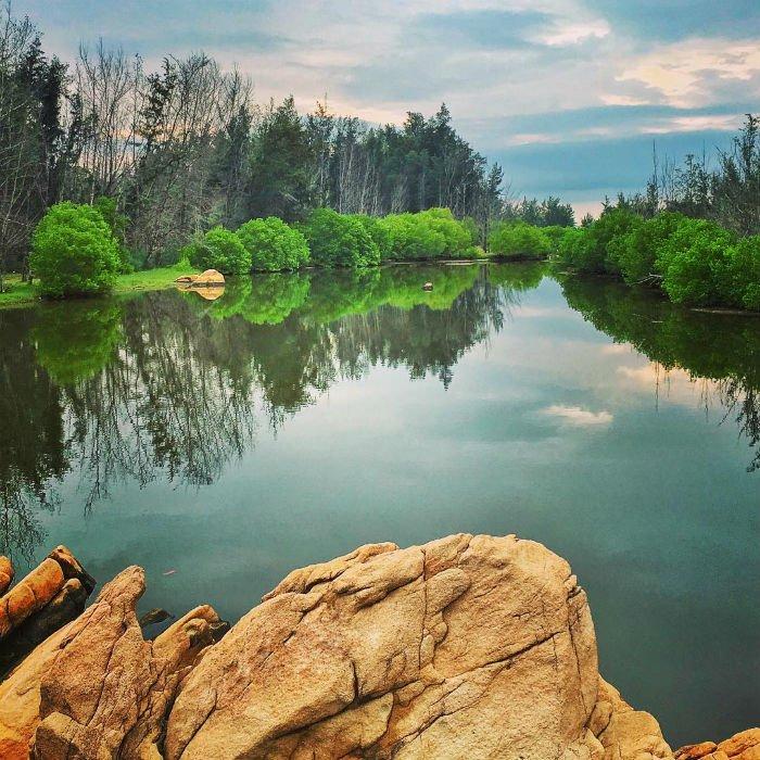 Gần Bình Châu là Hồ Cốc thơ mộng - Ảnh: Deven Hwang