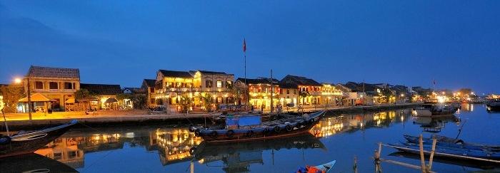 Việt Nam phát triển mạnh về du lịch