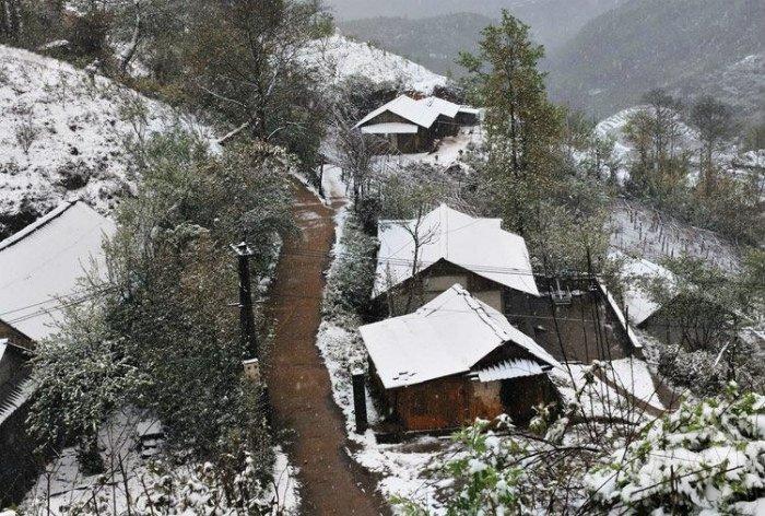 Tuyết trắng phủ mọi nơi Sapa