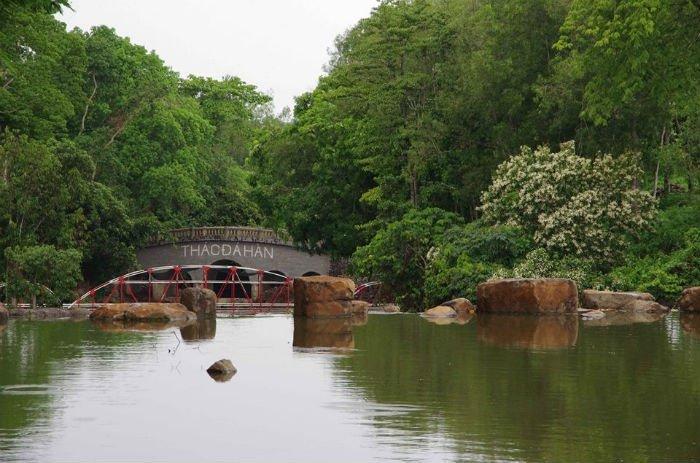 thác Đá Hàn