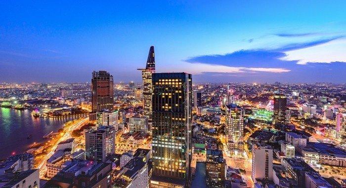 Sài Gòn nhộn nhịp về đêm