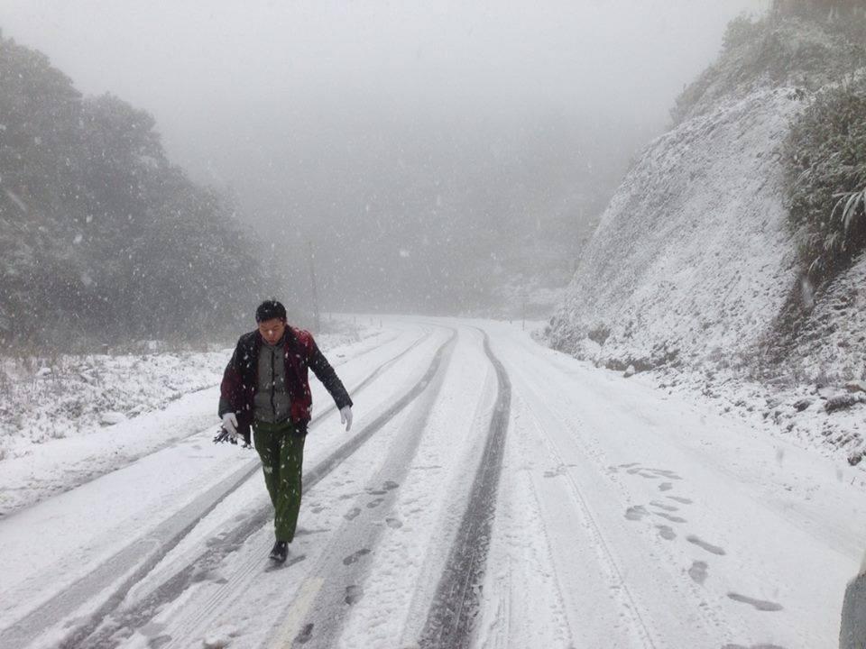 Năm nay, ngày 24/01, tuyết đã phủ ngập Sapa