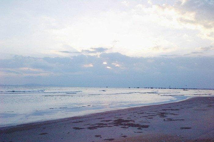 Ảnh chụp bằng điện thoại cảnh biển Long Hải trong một buổi chiều
