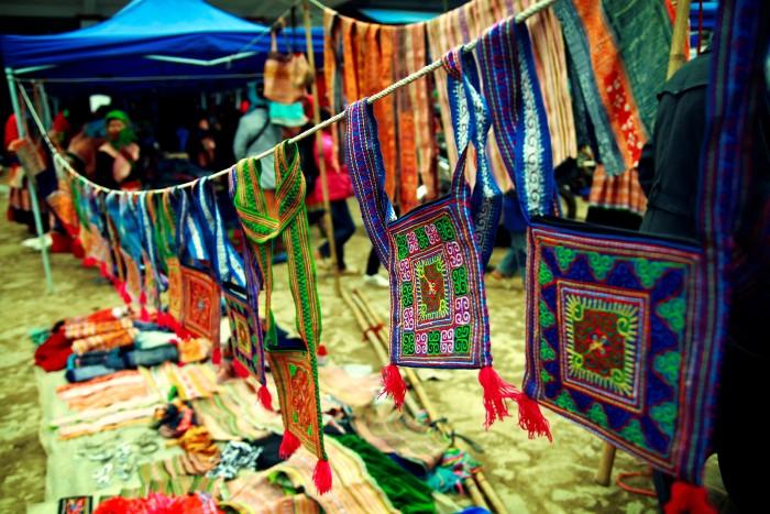 Rực rỡ sắc màu vùng cao - Ảnh: Hoang Hai Viet