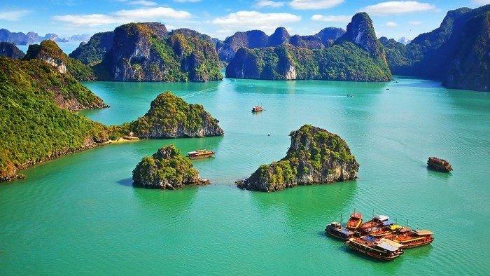 Mênh mông đất trời Việt Nam