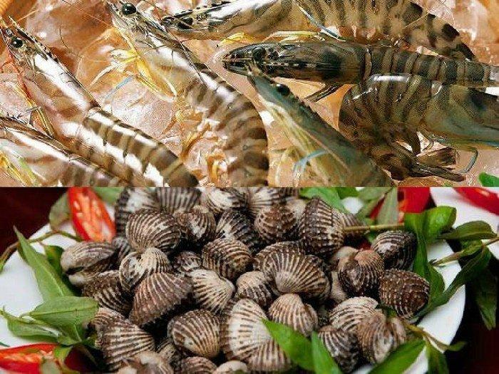 Cùng nhiều loại hải sản tươi sống khác