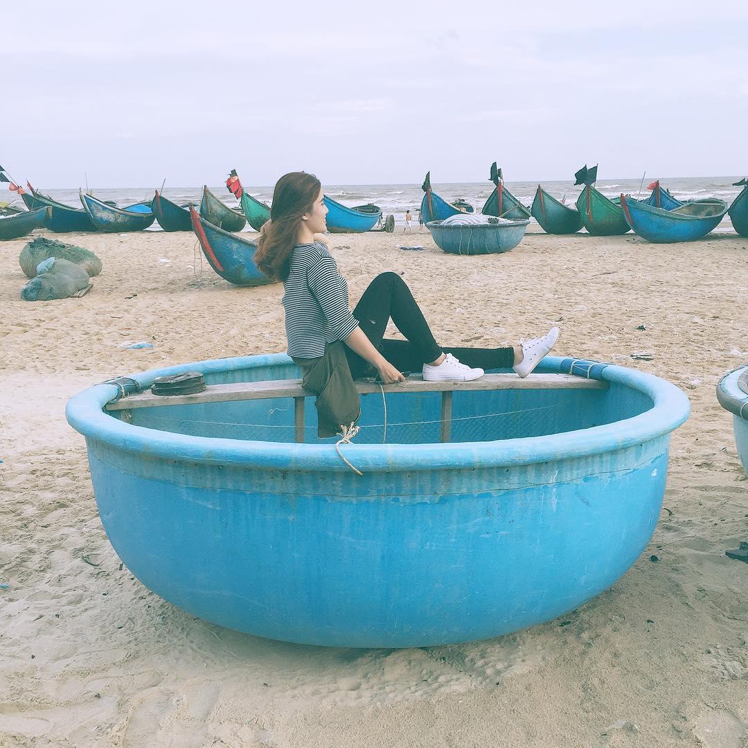 Để kẻ khách phiêu du trong những phong vị trữ tình chốn đại dương - Ảnh: Annatrinhdao