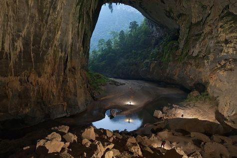 Về Quảng Bình thăm những hang động đạt kỷ lục