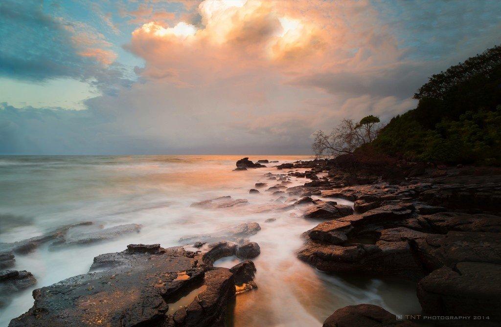 Sóng Phú Quốc hiền hòa quyện cùng bầu trời làm một