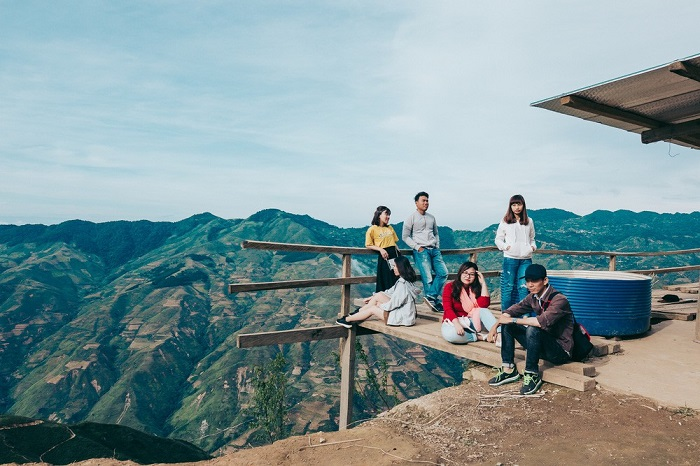 Kinh nghiệm phượt Y Tý hẹn hò với mây trời Lào Cai