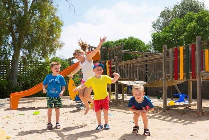 Lựa chọn khách sạn có dịch vụ trẻ em là tiêu chí góp phần giúp chuyến du lịch Quốc tế thiếu nhi 1/6 thêm hoàn hảo