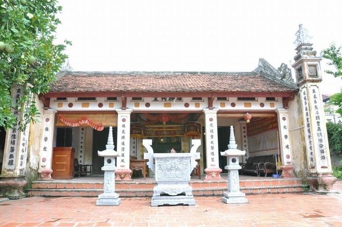 Những ngôi nhà thờ cổ ở làng Đông Ngạc