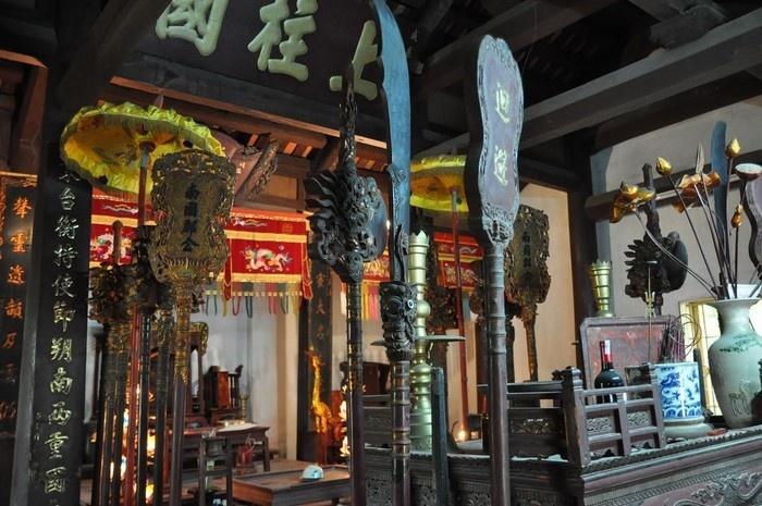 Nhiều hiện vật quý được lưu giữ ở làng Đông Ngạc