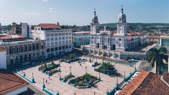 khu-pho-co-Santiago-de-Cuba_1