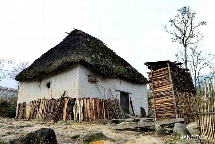 Ngôi nhà nấm của đồng bào dân tộc Hà Nhì ở Lào Cai