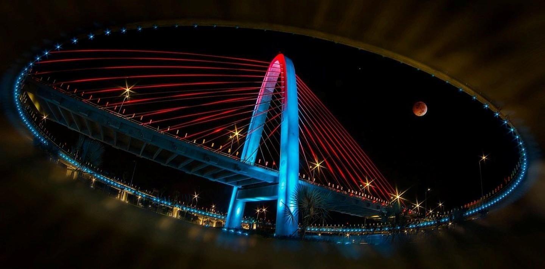 Mắt phố - góc nhìn tuyệt đẹp từ phía dưới Cầu vượt Ngã ba Huế