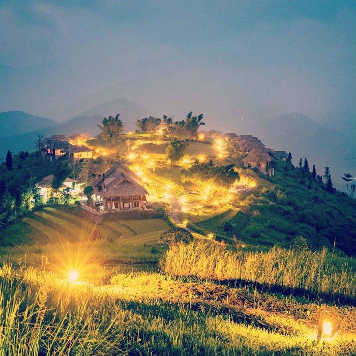 Lung linh lung linh khi màn đêm vừa buông xuống - Ảnh: IG @jey_oh_photo