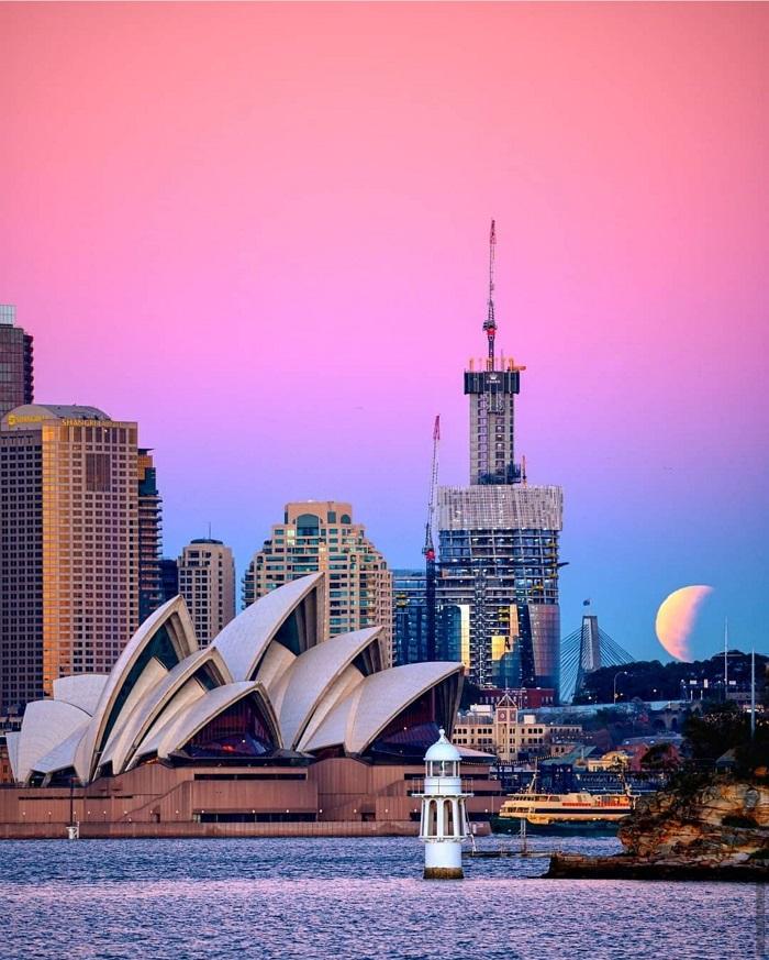 Nhà hát con sò nước Úcở thành phố Sydney