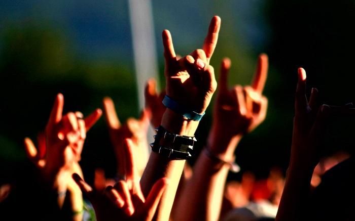 nhac-rock-tai-santa-clara