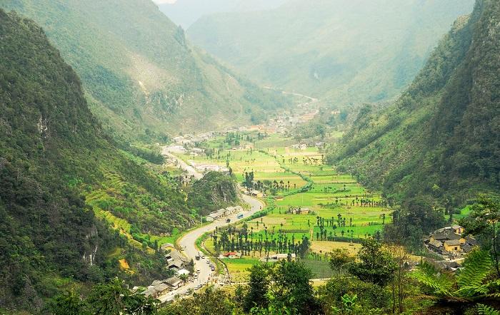 Ghé thăm thung lũng Sủng Là - Nơi đá cũng nở hoa