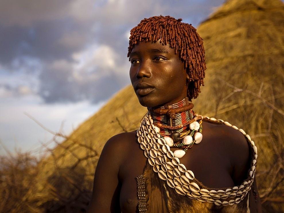 Vẻ đẹp của người phụ nữ Hamar