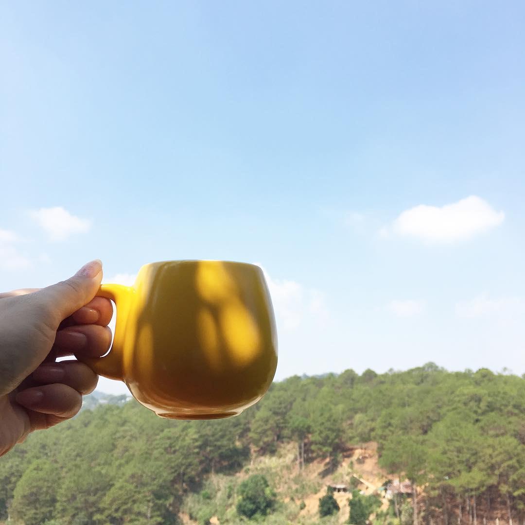 Một tách trà cho ngày mới thêm xinh - Ảnh: yenvietnam
