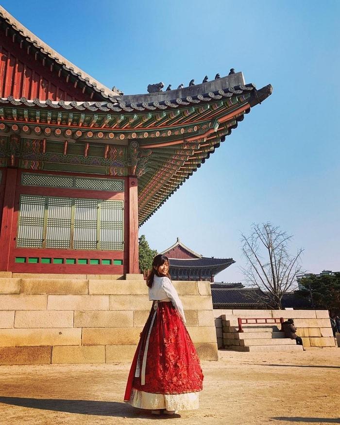 pho-co-samcheong-dong-han-quoc-joyleesolo-min