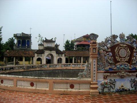 Ao - Chùa Văn Quán