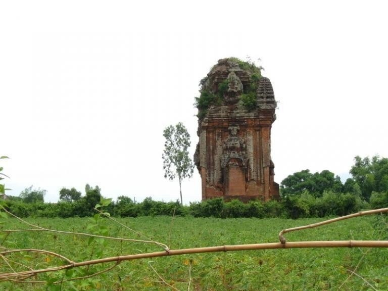 tháp Thủ Thiện