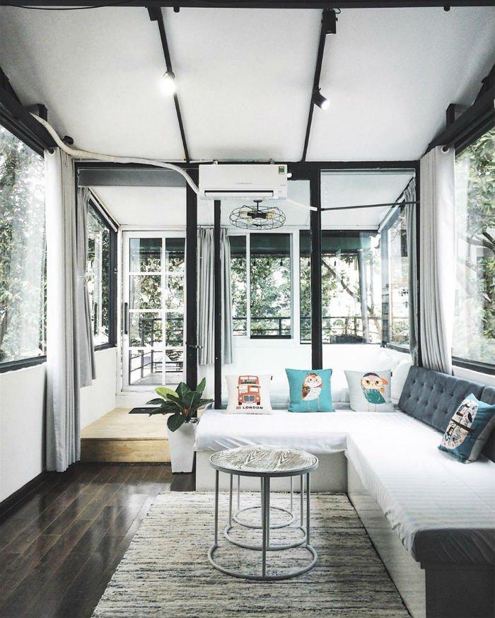 Không gian xinh xắn, đáng yêu và đậm chất nghệ thuật ở phòng penthouse - Ảnh: IG @wonderminimal