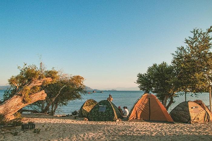 Có gì thú vị chờ đón bạn tại đảo Điệp Sơn Khánh Hòa