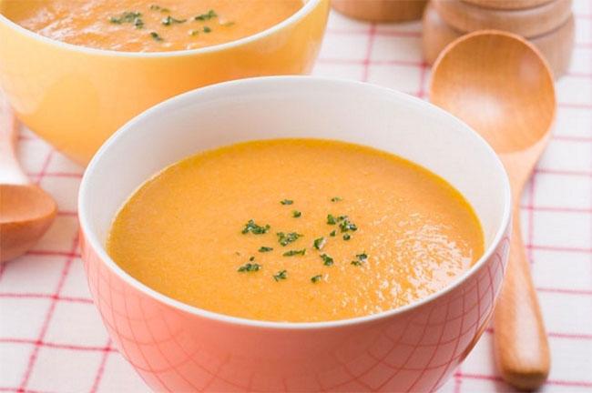 cháo ghẹ nấu với cà rốt