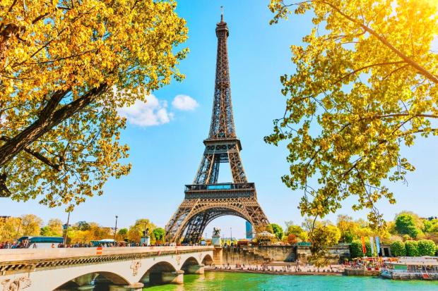Tết nên đi du lịch nước ngoài ở đâu