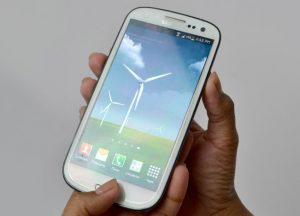 màn hình Galaxy S3 ám vàng