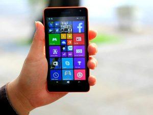 cảm ứng Lumia 535 không nhạy