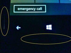 màn hình HTC 8X bị hở sáng