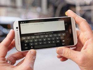 màn hình HTC bị xoay ngang